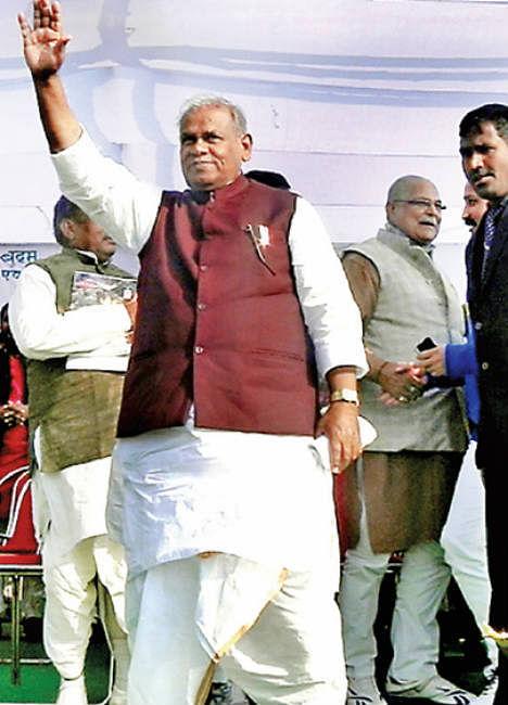 ठेकों में देंगे आरक्षण : जीतन राम मांझी