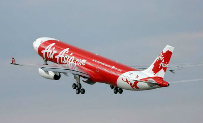 एयरएशिया विमान हादसा: खोजी अभियान में 38 और शवों की हुई पहचान