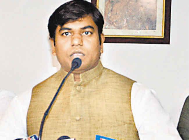 Bihar New Cabinet: न विधायक बने और न MLC फिर भी नीतीश कैबिनेट में बन गए मंत्री, मिली ये जिम्मेवारी