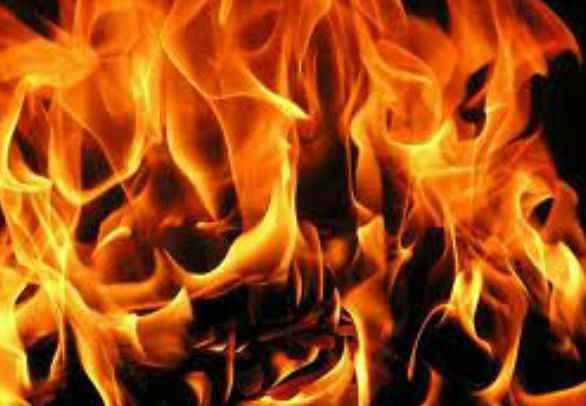 बिहार : क्वारेंटिन सेंटर में प्रवासी ने खुद को लगाई आग, हालत गंभीर