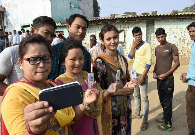 जानिए : आखिर क्यों हो रहा बिहार में शांतिपूर्ण मतदान