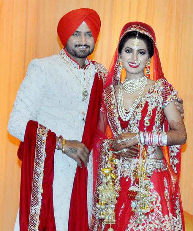 झारखंड में तैयार किया गया था गीता बसरा की शादी का लहंगा