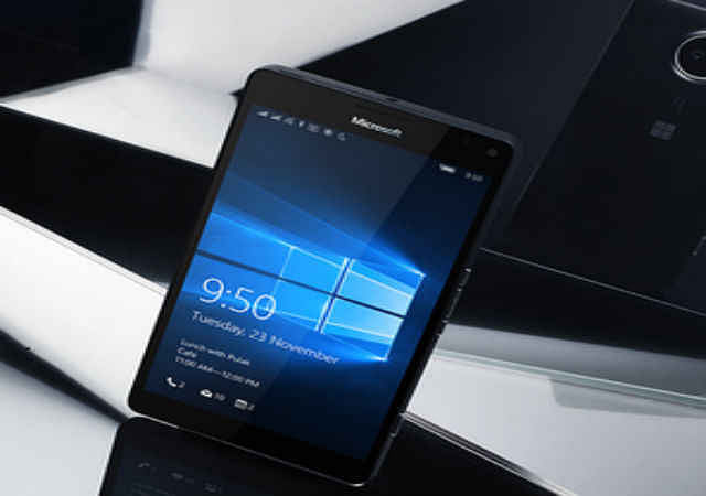 Microsoft ने विंडोज 10 आधारित स्मार्टफोन पेश किया, कीमत 43,699 रुपये