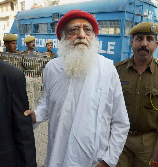 आसाराम मामले की गवाह की हत्या, संदिग्धों से पूछताछ की मांग