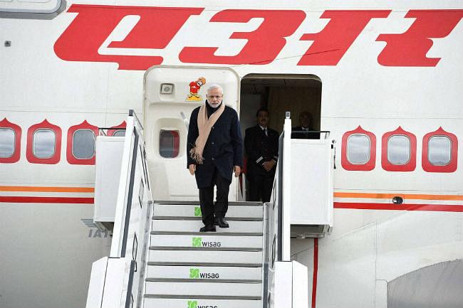 बर्लिन में प्रधानमंत्री नरेंद्र मोदी का विमान खराब, एयरइंडिया ने भेजा स्टैंडबाई जंबो विमान