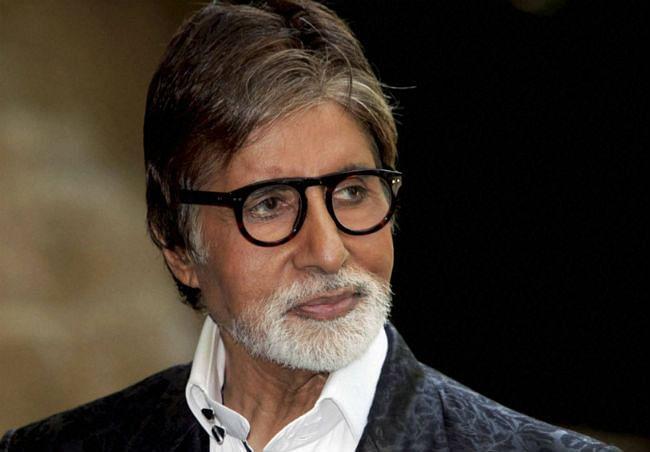 सेलेब्रिटी से आशीर्वाद मांगना गलत : अमिताभ बच्चन