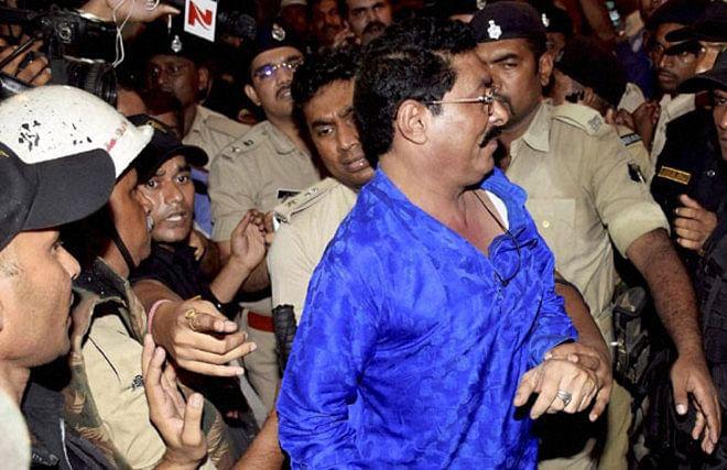 पूर्व बॉडीगार्ड की गिरफ्तारी से बढ़ी अनंत की मुश्किलें, पढें बाहुबली जदयू विधायक से जुड़ी अहम जानकारियां