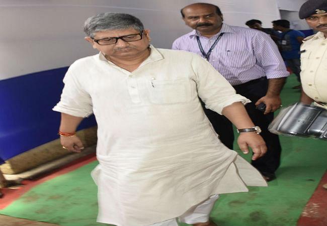 बिहार विप चुनाव में 94 फीसदी मतदान, आचार संहिता उल्लंघन में फंसे दो मंत्री, एफआइआर दर्ज