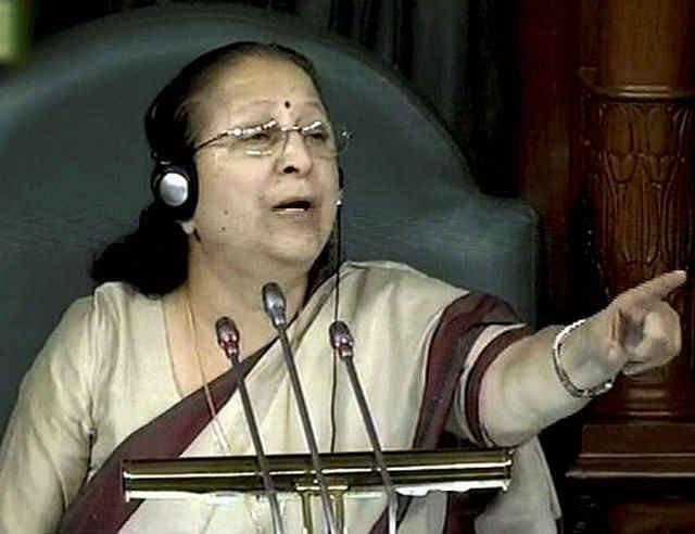कई बार मां को सख्त होना पडता है : सुमित्रा महाजन