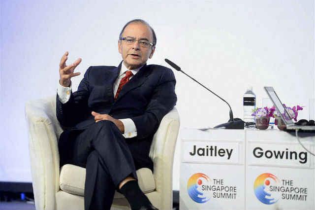 राज्य सरकार सरकारी बैंक से कर्ज माफी की उम्मीद न करें : अरुण जेटली