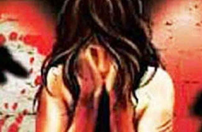 यूपी : बच्ची से बलात्कार करने के बाद पीटा