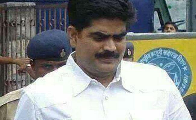 RJD के नेता शहाबुद्दीन को सशर्त पैरोल, तीन दिन 6-6 घंटे मिलेंगे परिजनों से