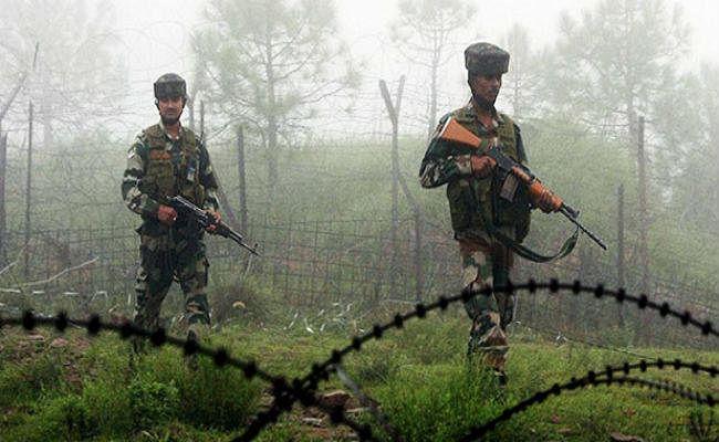 जम्मू-कश्मीर में आतंकवादियों ने सुरक्षा बलों पर किया हमले का प्रयास, लेकिन कुछ ही घंटो में कर लिए गए गिरफ्तार