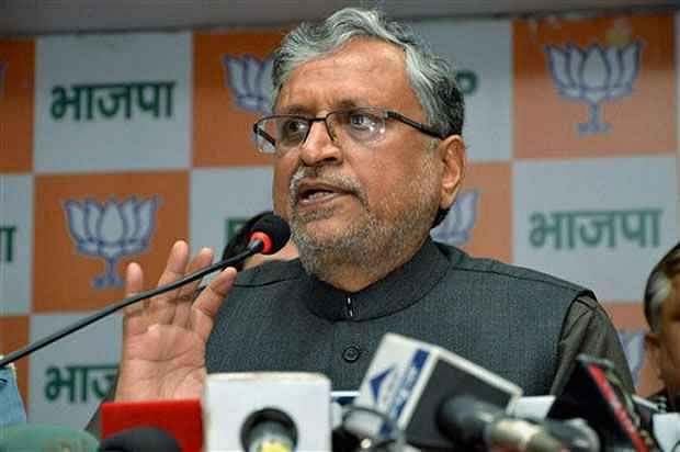 Bihar Chunav 2020 : मुंगेर घटना पर सुशील मोदी की बड़ी मांग, आयोग ले संज्ञान, दोषी कर्मियों पर हो कार्रवाई