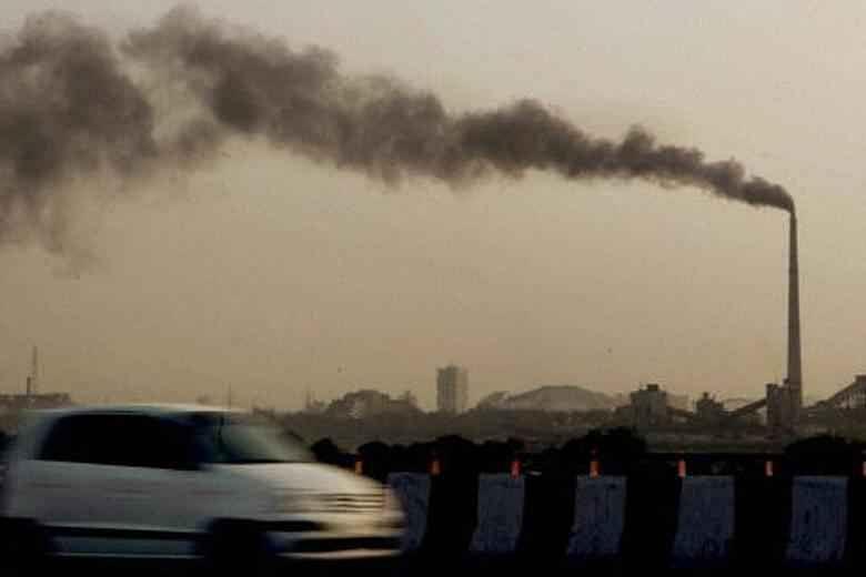 वायु प्रदूषण बढ़ाता है कोरोना का संक्रमण, मौत का खतरा: अध्ययन