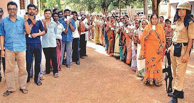 पश्चिम बंगाल : चुनाव आयोग की तैयारी रही सफल, मतदान शांतिपूर्ण