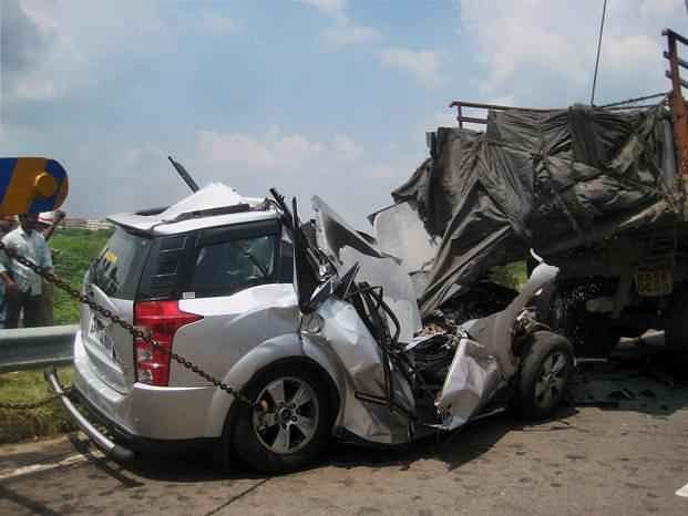 कैमूर NH-2 पर सड़क हादसे में आंध्र के 4 पर्यटकों की मौत