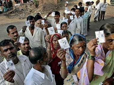 विधानसभा चुनाव : हिंसा भी नहीं रोक सकी बंपर वोटिंग