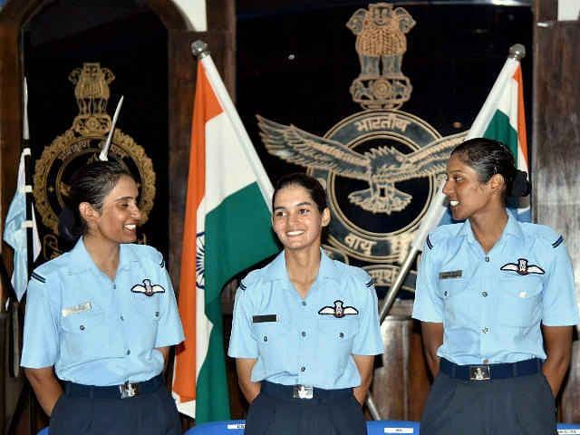 तीन फाइटर पायलट बेटियों पर देश को है नाज, जानिए उनके बारे में कुछ खास