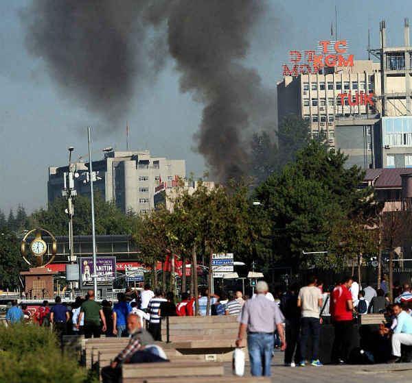 तुर्की में असफल तख्तापलट के बाद 103 जनरल, एडमिरल हिरासत में लिये गए