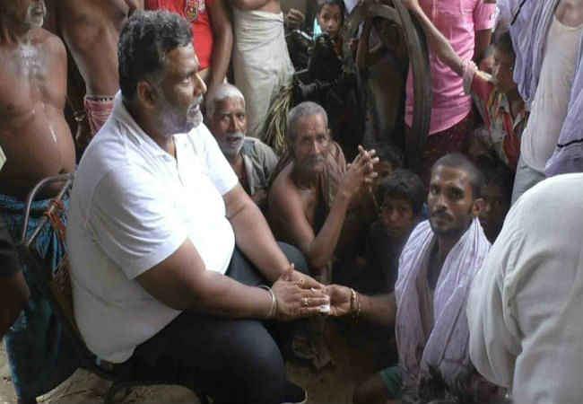 बिहार के बाढ़ पीड़ितों का कर्ज माफ करे सरकार : पप्पू यादव