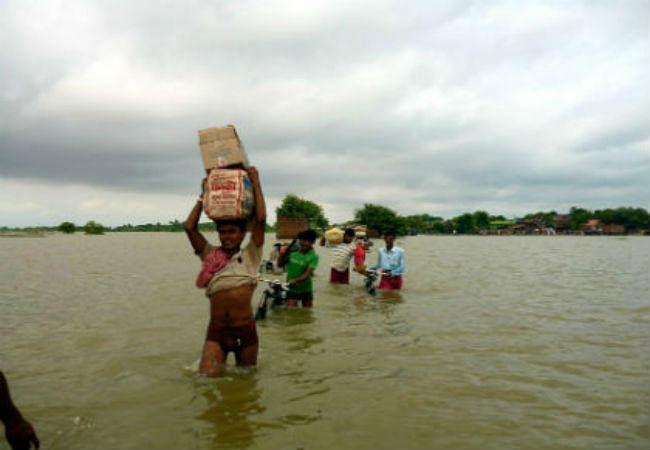 बिहार में बाढ़ का बढ़ा खतरा, नेपाल ने भारत को दी तटबंध तोड़ने की धमकी