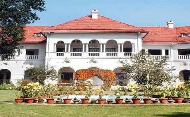 वीर कुंवर सिंह विवि के कुलपति पर गिरी गाज, राजभवन ने छुट्टी पर भेजा, जानिये पूरा मामला