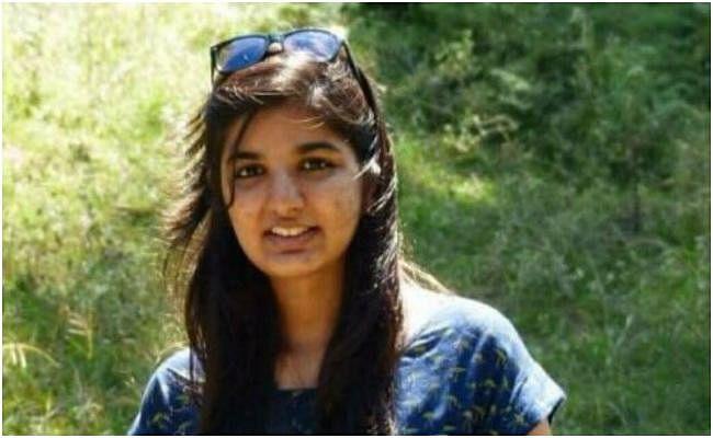 ICAI के चीफ की बेटी पल्लवी की मौत का राज उसके मैसेज व परिवार के बयानों से गहराया
