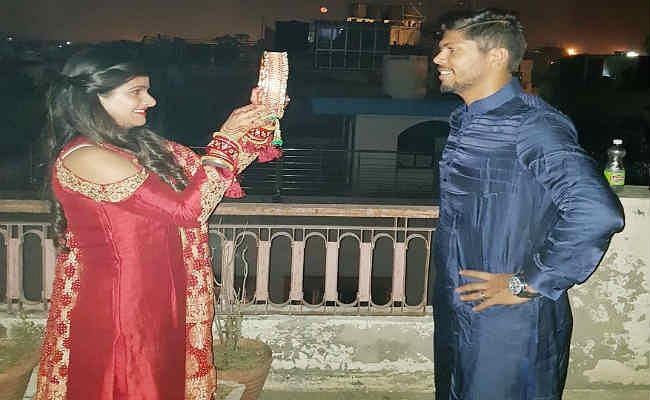 तसवीरों में देखें, क्रिकेटरों का ''करवा चौथ''