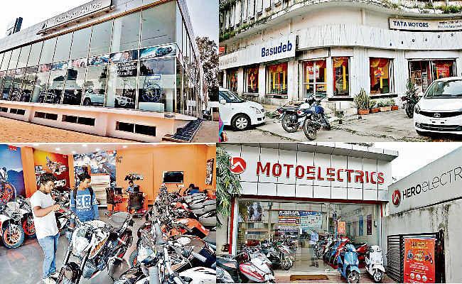 रांची : धनतेरस बाजार में ऑफर का धमाल, बाइक और कार पर एक लाख रुपये तक मिल रहा डिस्काउंट