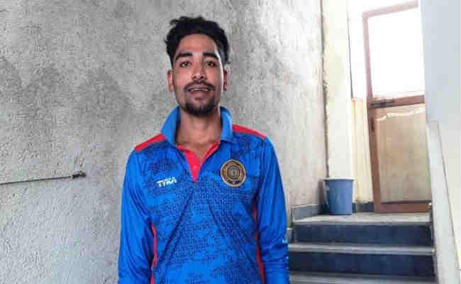 सिराज ने पिता को मुफलिसी के दौर से बाहर निकाला, टीम में चयन को बताया ''सपना सच होने जैसा''