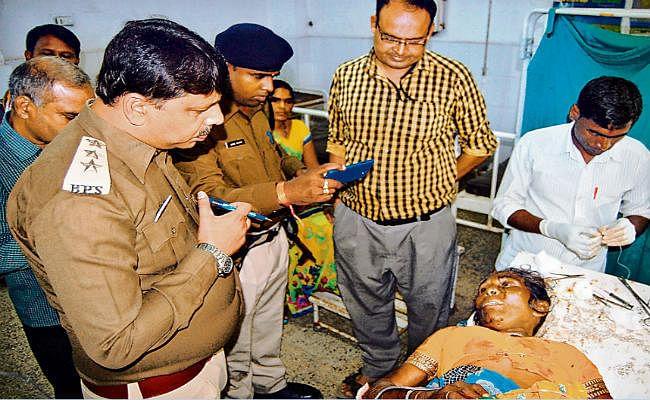 बिहार : नशे में धुत अधेड़ ने पत्नी और बेटी को मार डाला, पुआल में शवों को जलाने की कर रहा था तैयारी..