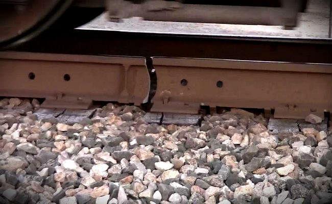 बिहार : ....जब टूटी क्रॉसिंग पर ही दौड़ती रहीं कई यात्री ट्रेनें