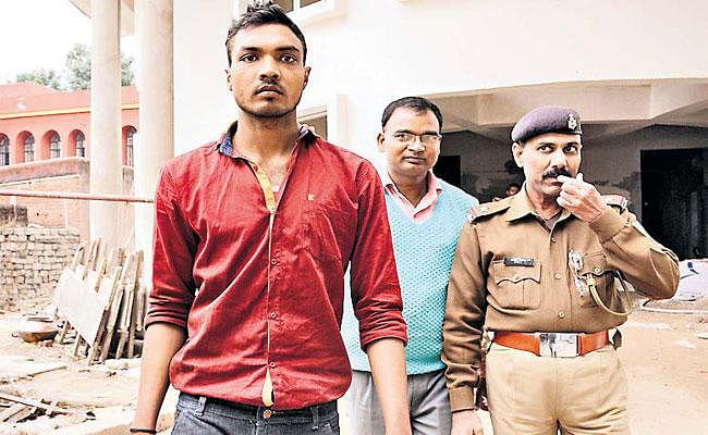 आईआरबी परीक्षा : हाईटेक बनियान की मदद से हो रही थी नकल, बिहार से आया नकल कराने वाला गिरोह, सरगना समेत 19 हिरासत में