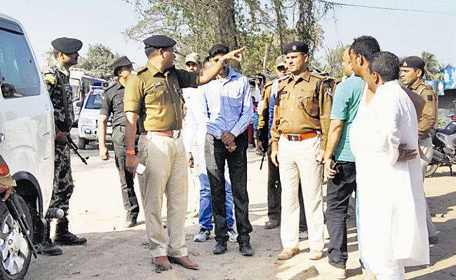 बिहार : छपरा में कैश वैन से 2 करोड़ लूटने की कोशिश, गोलीबारी में गार्ड की दर्दनाक मौत