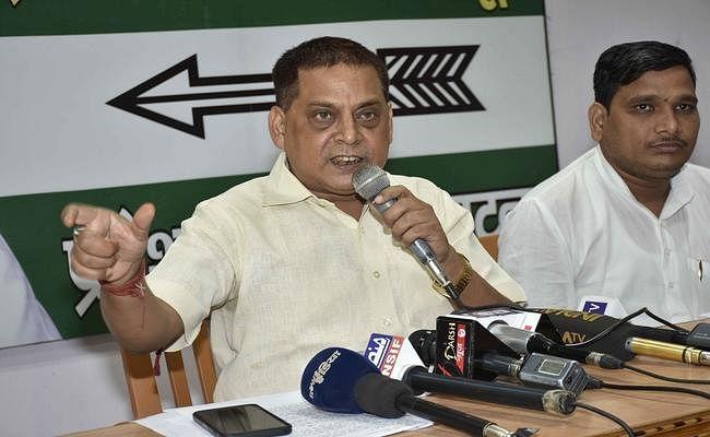लालू के नीतीश की समीक्षा यात्रा को घोटाला कहने के बाद राजनीति तेज, जदयू का जवाब