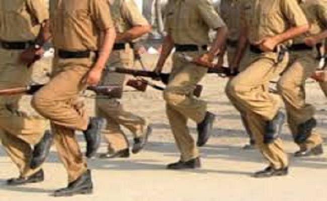 बिहार में बेटों को चौकीदार बनाने के लिए स्वैच्छिक सेवानिवृत्ति ले रहे पिता, 34 का आवेदन स्वीकृत
