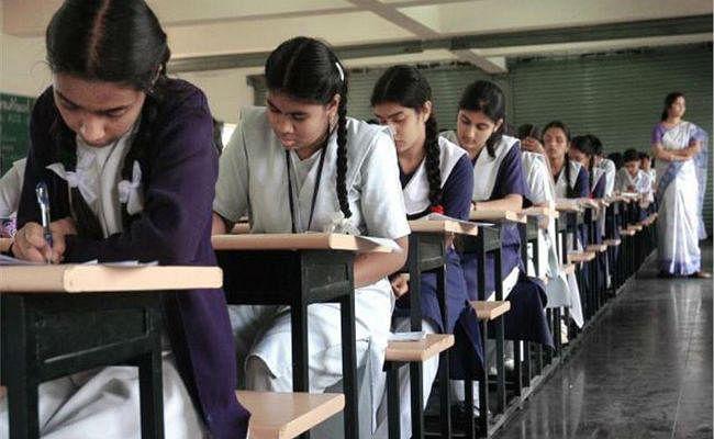 सीबीएसइ : आज से होगी प्रैक्टिकल परीक्षा, स्कूल तय करेंगे तारीख, गाइडलाइन जारी