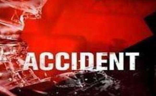 सड़क दुर्घटना में दो भाइयों की मौत