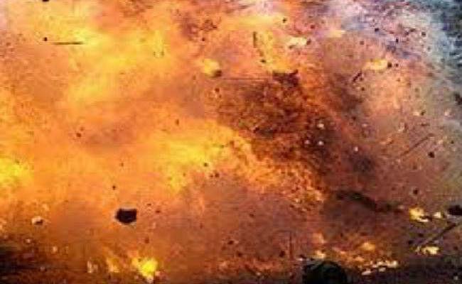 पाकिस्तान में आत्मघाती हमले में 4 पुलिसकर्मियों सहित 6 की मौत