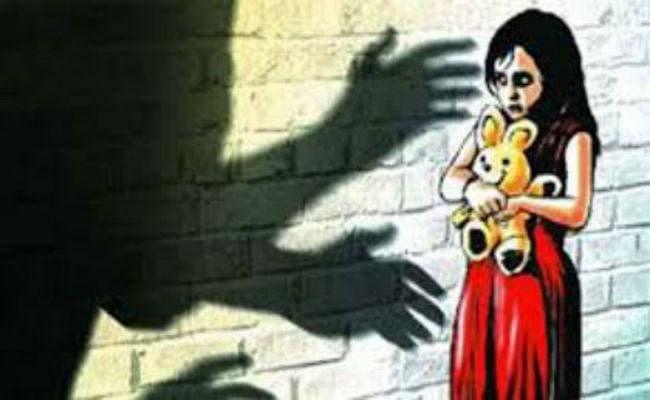 उत्तरप्रदेश : गाजियाबाद में ढाई साल की बच्ची के साथ रेप और फिर हत्या
