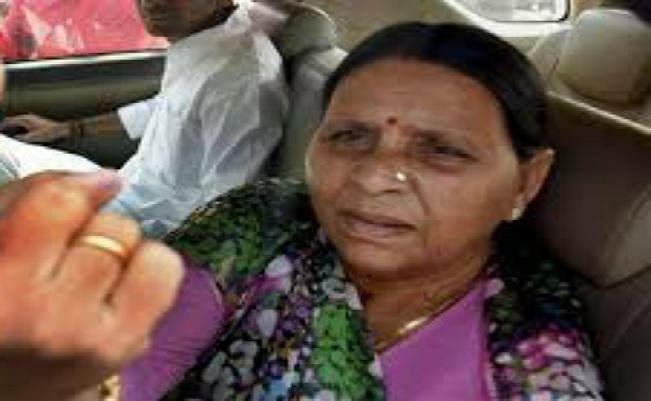 बिहार : सभापति पद पर भाजपा ने किया दावा, राबड़ी बोलीं यह मंजूर नहीं