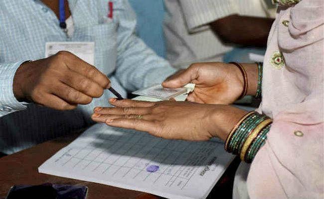 जिले में 28 अक्तूबर को होगा मतदान, एक अक्तूबर से नामांकन प्रक्रिया शुरू