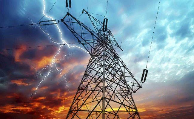 यूपी चुनावों से पहले योगी सरकार का प्रदेशवासियों को तोहफा, नहीं बढ़ेंगी बिजली की दरें