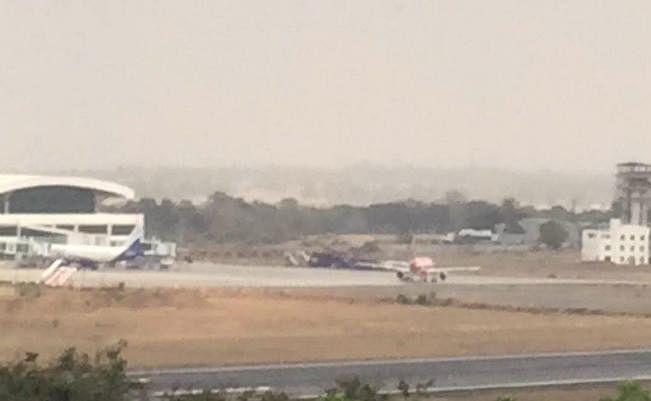 रांची-दिल्ली एयर एशिया के विमान में तकनीकी खराबी, हंगामा