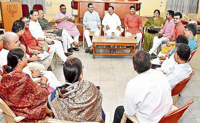 सीएनटी-एसपीटी एक्ट : भाजपा की बैठक में रायशुमारी, बोले गिलुवा पार्टी के सुझाव पर सरकार भी सहमत