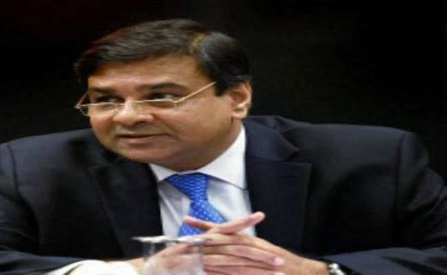 संसदीय समिति को 500 आैर 1000 रुपये के पुराने नोटों की वापसी का ब्योरा नहीं दे पाये रिजर्व बैंक के गवर्नर