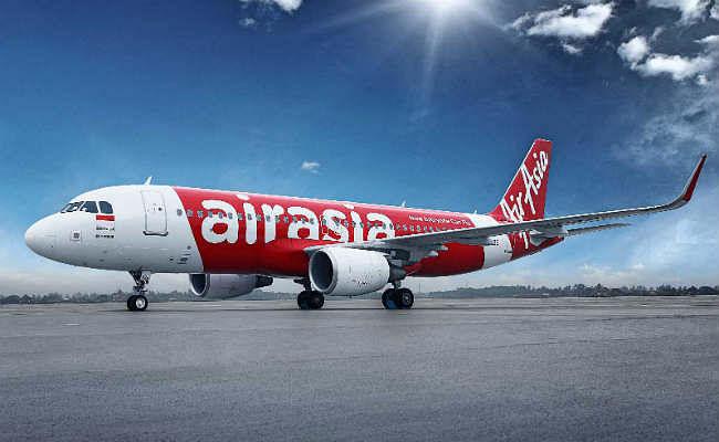 रांची के बिरसा मुंडा एयरपोर्ट पर बाल-बाल बचे एयर एशिया के 174 यात्री