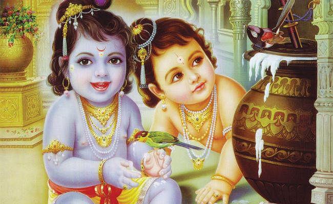 Janmashtami 2020: आरती कुंज बिहारी की… करें कृष्ण जी की ये आरती, पढ़ें या देखें Video