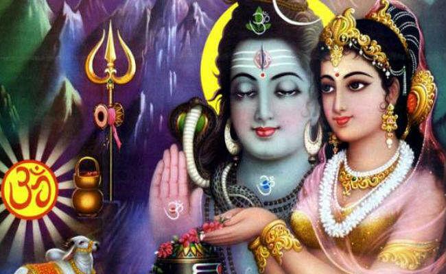 Hartalika Teej 2021 Date: सुहागिनों के लिए बेहद खास है हरतालिका तीज का व्रत, जानें डेट, पूजा विधि और व्रत नियम